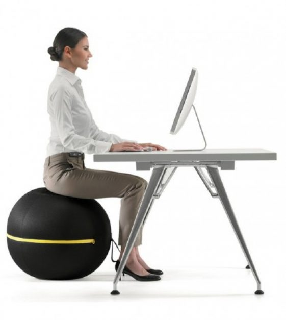 technogym-wellness-ball-makes-sitting-a-healthy-activity-thumb-420x470