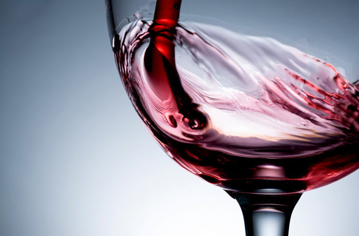 Study: Red wine benefits oral health